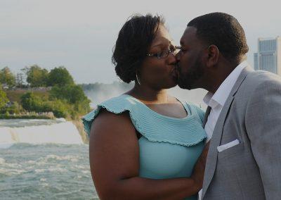 06 Kissing