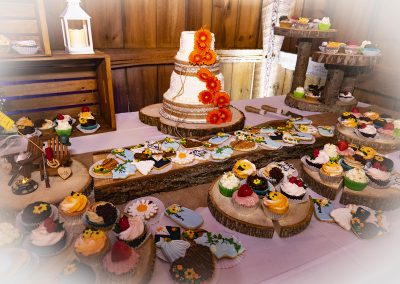 04 Cake Table
